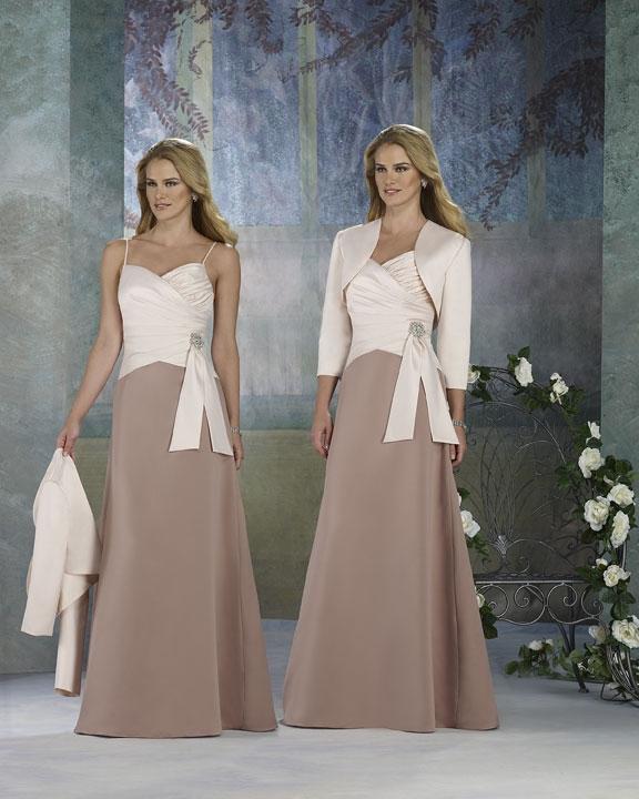 Платье мамы невесты на свадьбу дочери
