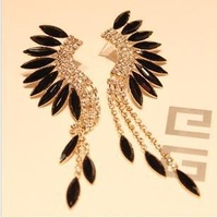 (mix order)Min order is $15,2013 Fashion Luxury Baroque Style Black Acrylic Wings Long Tassel Earring Free shipping!