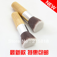 Small edm flat head foundation brush universal loose powder brush