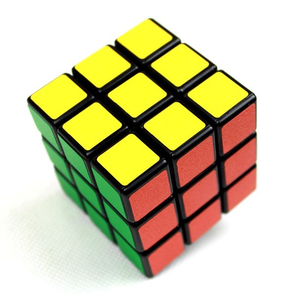 3x3x3 MAGIC CUBE PUZZLE MIND GAME TOY FAVOR PRANK TRICK FUNNY PROP FREE SHIPPING(China (Mainland))