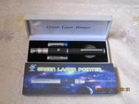 FREE SHIPPING! 200 mw of green light laser pens, refers to the pen, green laser command pen