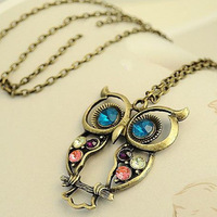 Promotion! Wholesale! Fashion lady women jewelry hot-selling vintage three-color hollow out owl alloy long necklace  SN124