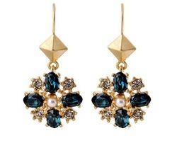 2013 Fashion earrings jewelry wholesale new sapphire flowers alloy earring female models free shipping(China (Mainland))