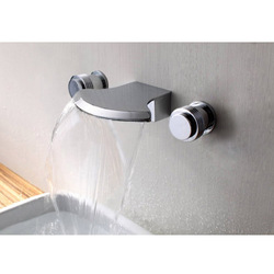CRUISE Modern design Solid Brass Wall-mount Waterfall Bathtub Faucet Bath store Free shipping(China (Mainland))