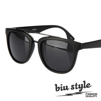 Free shipping Biustyle . classic metal 2013 parallel bars sun glasses sunglasses the trend of fashion male Women