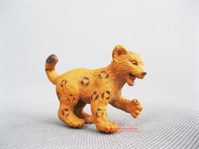 Safari ! solid animal model toy jaguar leopard(China (Mainland))