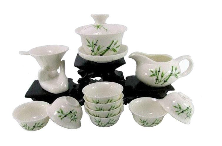 Wholesale prices Kung fu tea set green ceramic tea cup strainers set of one gaiwan eight cups and teapot hot sell Special offer(China (Mainland))