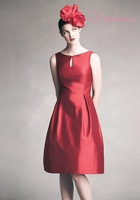 Beautiful Knee Length Sleeveless Bridesmaid Dress Short Dresses red dresses