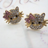 2013 new earrings earrings Korea full of diamond stud earrings wholesale manufacturers import Hello Kitty