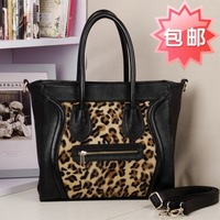 Autumn and winter genuine leather horse smiley bag leopard print fur handbag