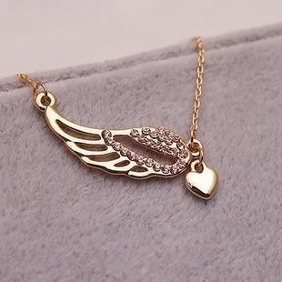 6249 Korean jewelry wholesale hollow 0 angel wings love peach heart necklace female(China (Mainland))