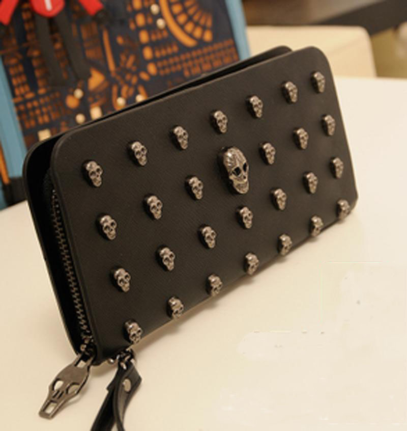g119 Men and women long section of genuine women's wallets retro punk skull rivet Clutch(China (Mainland))