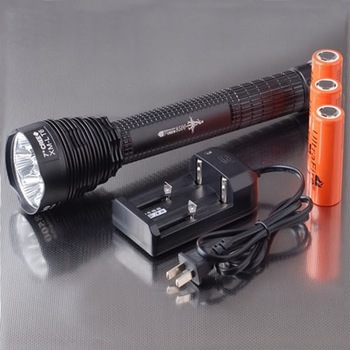 High Power and Shock Proof 8500 Lumens 7x CREE T6 LED Flashlight Torch