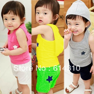Free shipping 2013 spring summer baby child male child girls clothing baby vest shorts with a hood set(China (Mainland))