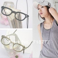 Min.Order Is $15 (Mix Order) Retro Simple Spectacle Frames Necklace Fashion Sweater Chain Free Shipping