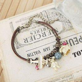 Min Order $15 (Mix Order), Accessories vintage accessories bear bracelet 7035 ,free shipping(China (Mainland))