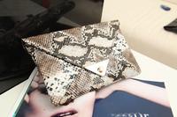 2014 New Messenger packet of retro serpentine clutch bag trend of European and American women bags handbags