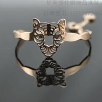 Free Shipping Fashion Finely Bangles Leopard Titanium Bracelet