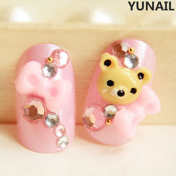 Bear pink bow round toe false nail art nail patch sclerite