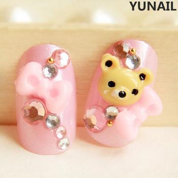 Bear pink bow round toe false nail art nail patch sclerite