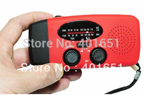 Free shipping!Emergency Dynamo Hand Crand Solar Powered AM/FM Radio W/LED Flashlight& Chargers + 4pcs USB OUTPUT(China (Mainland))