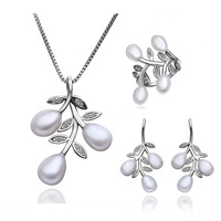 2013 new platinum-plated  Fashion elegance of the marriage Set, pearl inlaid rhinestone necklace earrings S004 ex-factory price