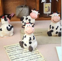 zakka resin craft sit down cow  office  home decoration gift UKULELE Photography props  4pcs/set