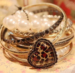 Mix $10 5084 fashion accessories vintage heart leopard print multi-layer pearl bracelet multiple set 1PCS no send(China (Mainland))