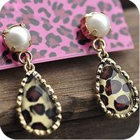 0030 fashion accessories vintage pearl small leopard print delicate 9g