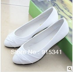 2013 Sweet Fashion Flats , Sweet Women Work Shoes White/Black Casual Women Shoes Flat Big Discount FREE SHIPPING(China (Mainland))