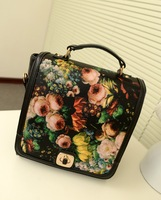 Free shipping--2013 new oil painting box Korean retro Student Backpack