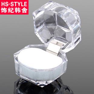 Small acrylic ring box crystal dust plug box acrylic jewelry box white