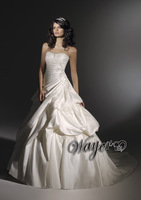Beautiful A-line Lace Appliqued Satin Bridal Wedding Gowns HL-WD3046