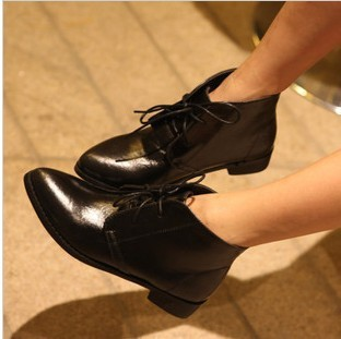 2013 winter new female boots lace low-heeledand the United States Ying Lun Mading Xuejian head shoes women Y8(China (Mainland))