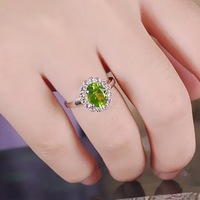 Gift fashion finger ring natural peridot ring female green crystal 925 pure silver jewelry