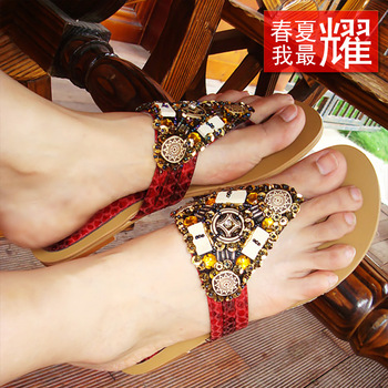 Color film handmade beaded flower bohemia flat flip-flop serpentine pattern vintage female slippers 988 - 10