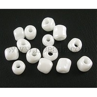 6/0 Glass Seed Beads,  Opaque.Colours Lustered,  White,  about 4mm in diameter,  hole: 1mm,  about 4500pcs/pound