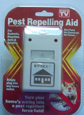Pest repelling aid household electronic repeller tv product ultrasonic electronic mouse trap(China (Mainland))
