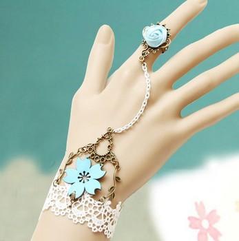 Sweet vintage white lace blue flowers bracelets S5417