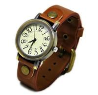 Fashion table  vintage rivet quartz watch free shipping