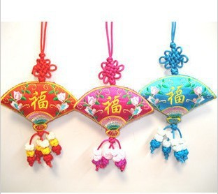 Chinese knot fan embroidery sachet gift unique gift wedding decoration(China (Mainland))