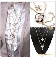 N133  New Design Cute plum blossom Necklace fashion vintage Necklace Wholesales Free Shipping!!!