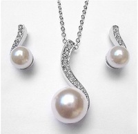 free shipping _  Popular jewelry Austrian rhionstone Pearl pendant necklace Jewelry earrings xj-1098