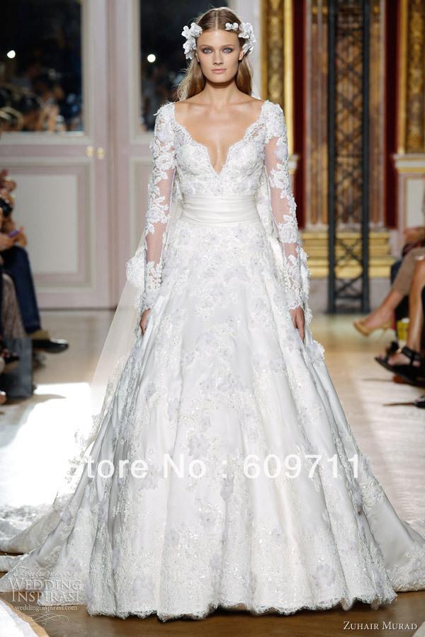 ... robe de mariée en satin avec manches longues robe de mariée empire