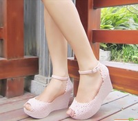 2013 summer lady wedge   jelly  sandal fish mouth   high heel european size 36 to 39   free shipping