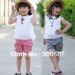 free ship 2013 New Summer Kids Clothing Set Lace Children Girl Clothes Set T Shirt And Lattice shorts Pants 2 Colors ,#8657(China (Mainland))