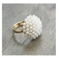 4pcs/lot hot 2014 Small accessories noble and elegant mushroom head white ring 3058
