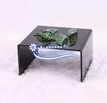 Small black acrylic coffee table piece set jewelry display rack earrings accessories