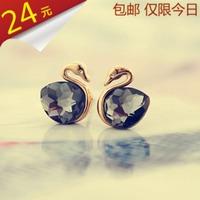 2013 fashion Crystal little swan stud earring delicate earrings 18k gold earring accessories for women