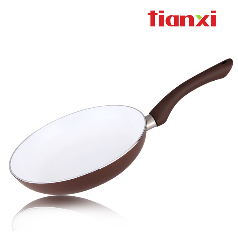 Tianxi ceramic frying pan 24cm smoke compound sole tjd24(China (Mainland))